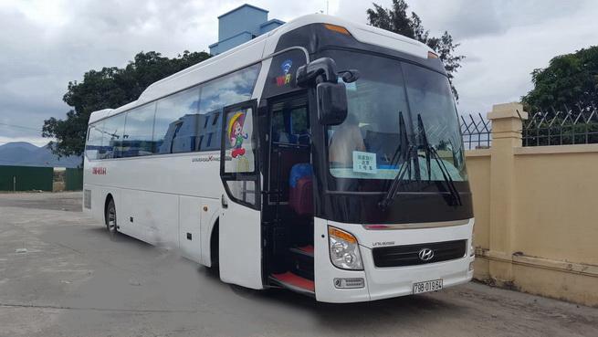 Xe du lịch ở Quy Nhơn