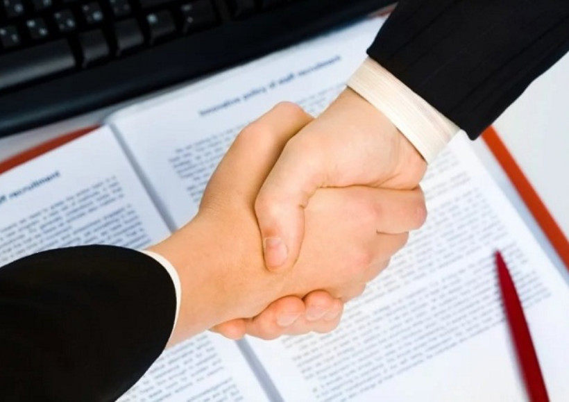 hợp đồng được hai bên chấp thuận